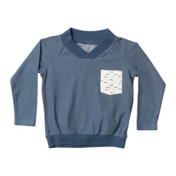 Henry sweatshirt fra Alba of Denmark i Dark Denim 1604 set forfra