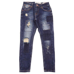 George jeans fra Costbart i denim blå med slid og patches 12985-852 set forfra